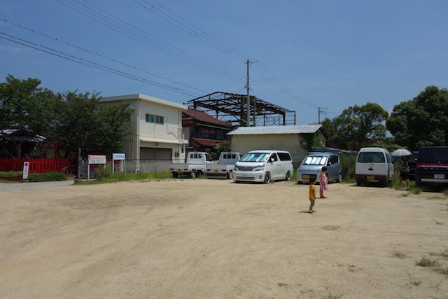 江井海水浴場の駐車場
