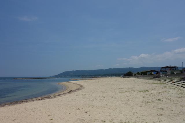 江井海水浴場のビーチ