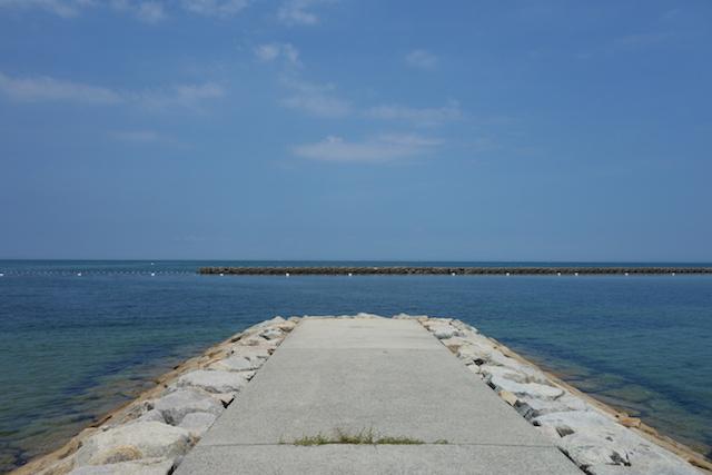 江井海水浴場の沖