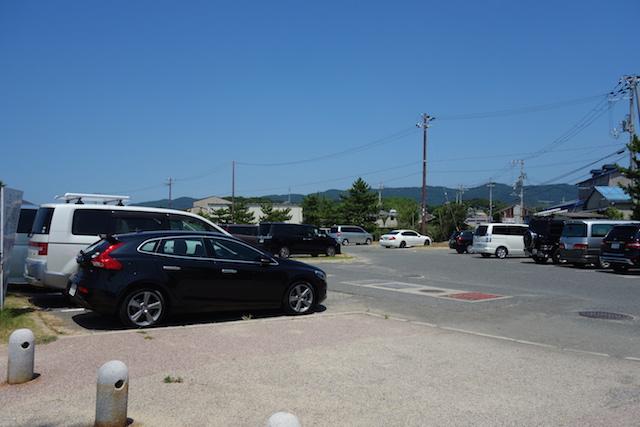 多賀の浜海水浴場の駐車場