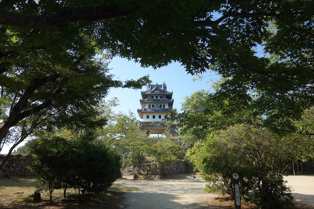 淡路島を見下ろす天守閣!ドライブデートにおすすめ洲本城跡の体験レポ